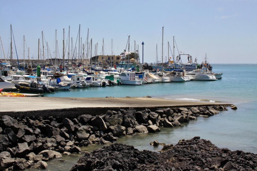 Puerto-corralejo-fuerteventura.jpg